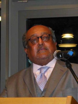 Dr. Asfa-Wossen Asserate referiert über Manieren